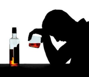 Ogni giorno bevo il vino da pranzo con il marito per quanto è dannoso